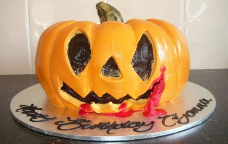 For over 25 years Casa Del has been providing the best novelty cakes Sydney has to offer. With this in mind, its our favourite time of year again when the witches, ghosts and ghouls come out to play! Halloween is celebrated on October 31st every year. Children and adults alike participate in trick or treating, hosting […]