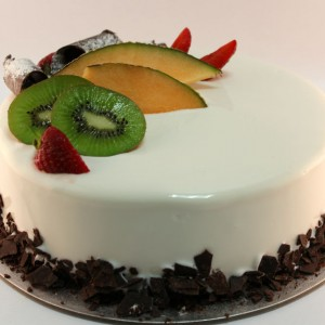 White Exotic Chocolate Gelato Cake