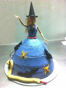 N14 - Witch Cake