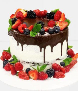 Very Berry Speciality Cake