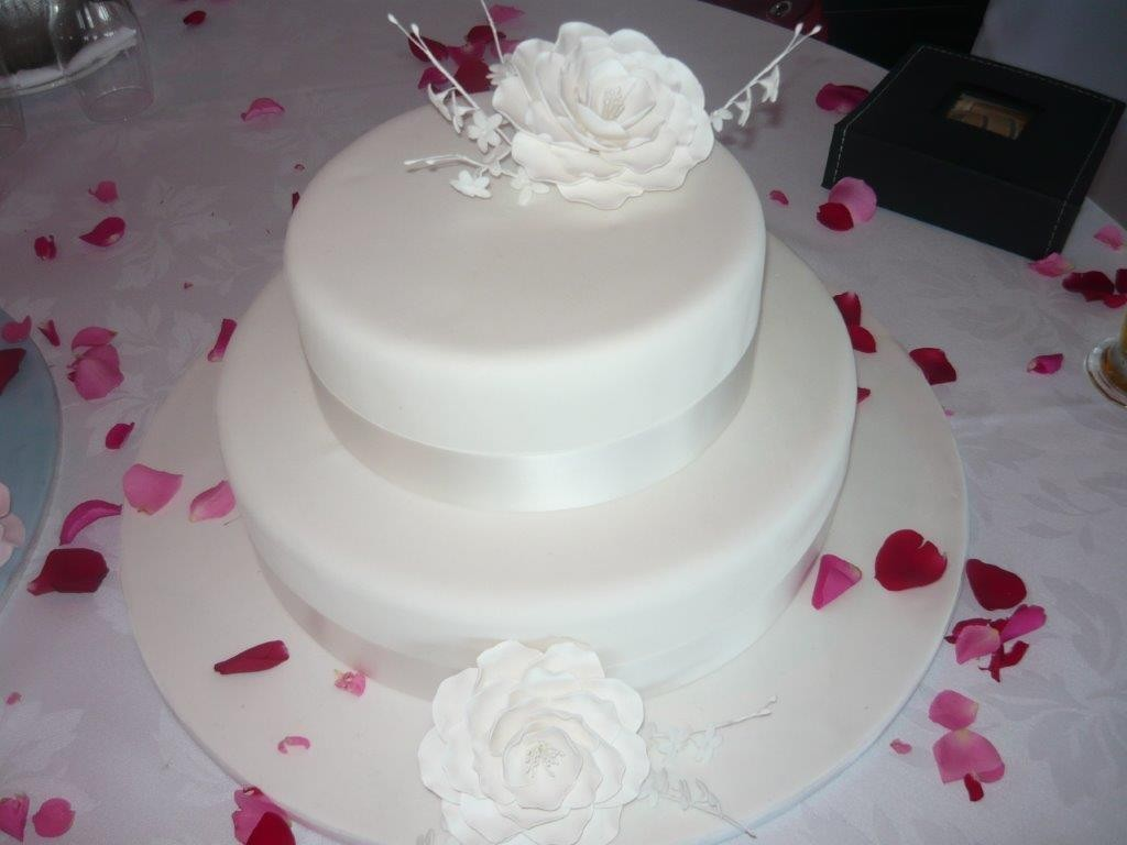 Casa Del Cakes | Vintage Wedding Cakes & Best Dessert Sydney