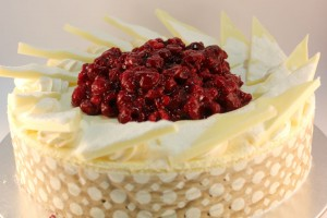 Charlotte Rouge White chocolate mousse