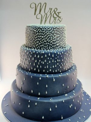 W1 - Mr & Mrs wedding cakes sydney