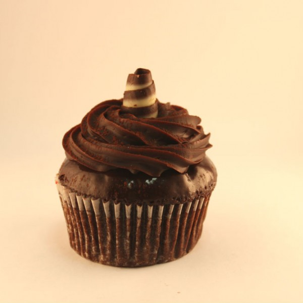 Chocolate Cupcakes & Cake Slices