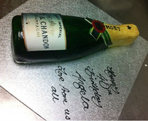 N26 - Bottle Cake (Moet)