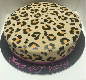 B12 – Leopard Print Birthday Cake